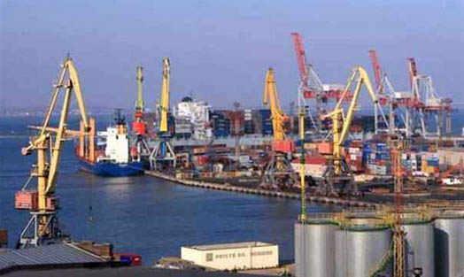 в морском торговом порту Ильичевском