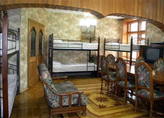 комната с многими кроватями хостела