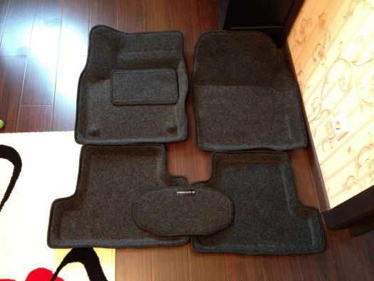 Ворсовые 3D коврики для авто